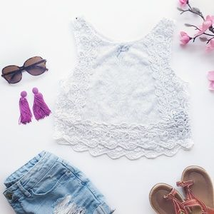 Forever 21 White Lace Crop Top Size Small
